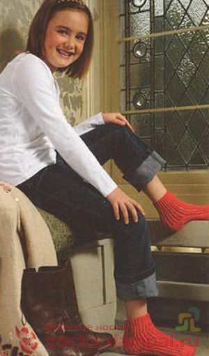 детские вязаные носочки