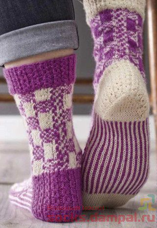 вязаные носки спицам