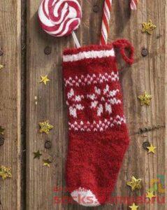 вязаный носок для подарков